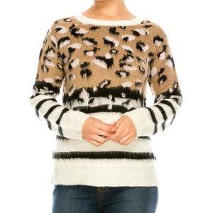 NWOT!✨ Leopard / Cheetah / Striped Fuzzy Sweater